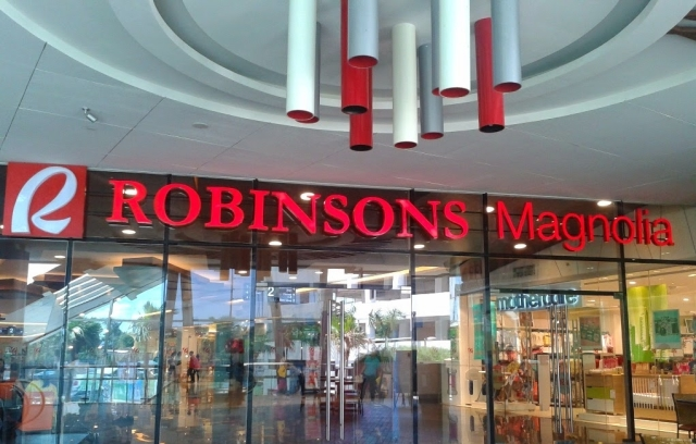 Robinsons Magnolia Mall Entrance Day email